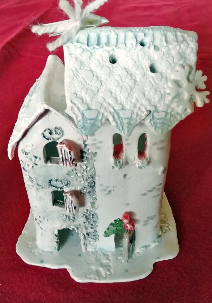 Casetta bianca di Natale