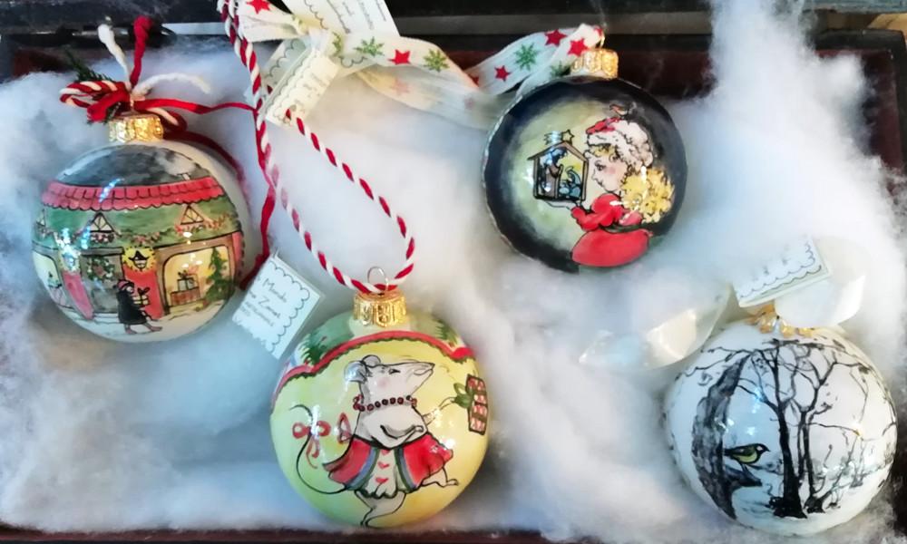 Quattro palline di Natale